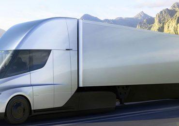 Semi E-Truck von Tesla schon ab 150.000 US-Dollar